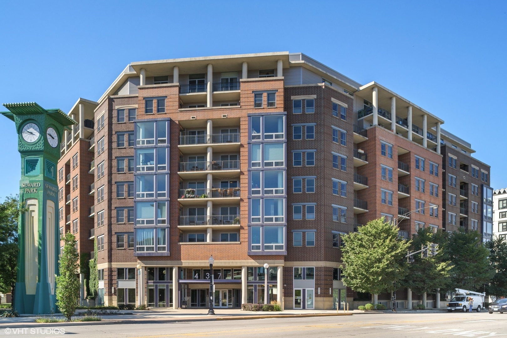 437 West Division Street #1
