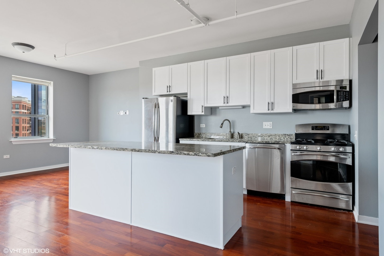 437 West Division Street #10