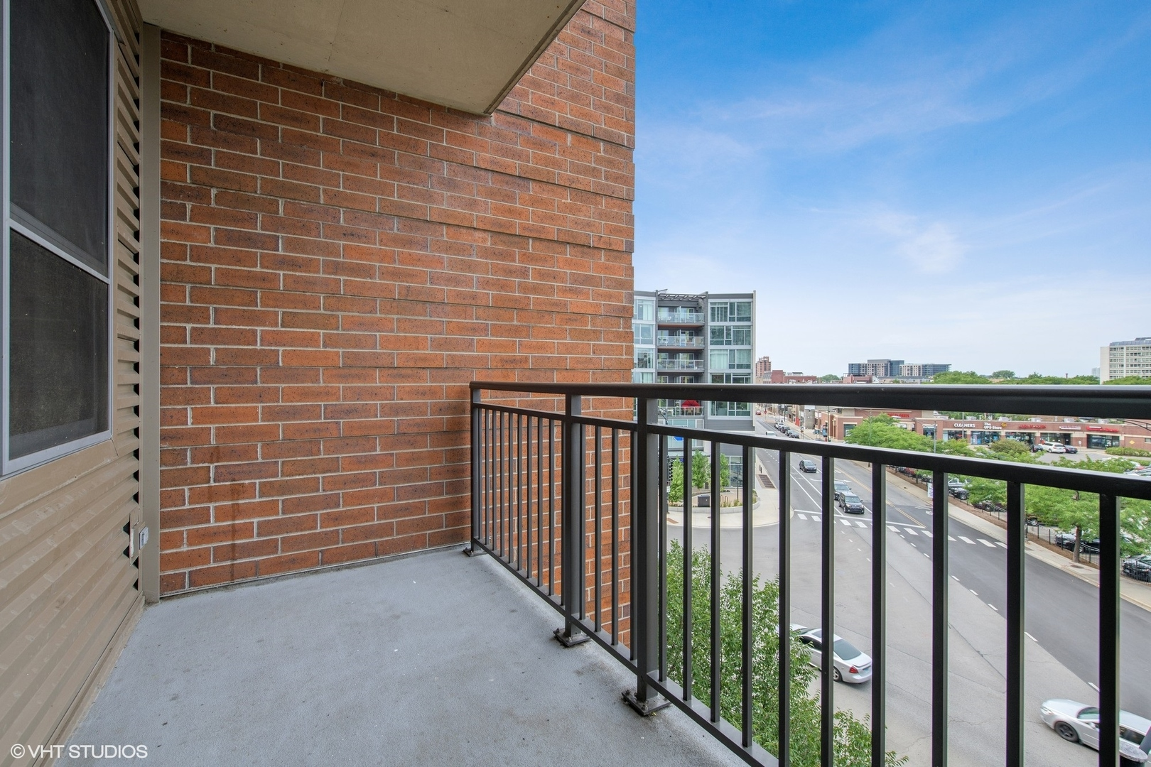437 West Division Street #15