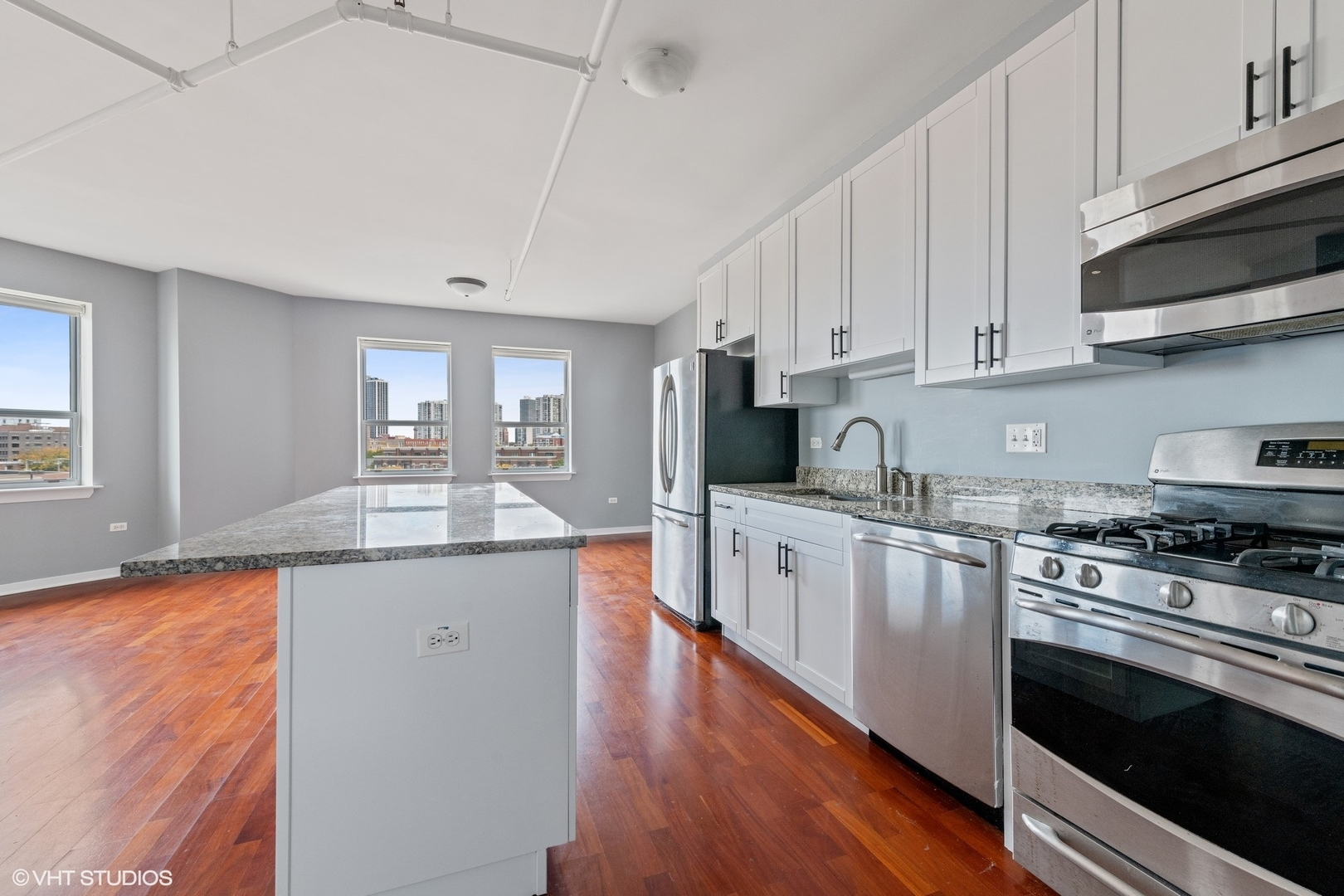 437 West Division Street #8